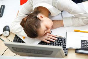 Намерете 15 – 20 минути за кратка сиеста в офиса, това ще ви спаси от инфаркт и инсулт