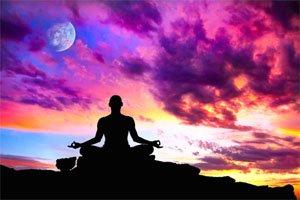 Как медитацията помага на съня?
